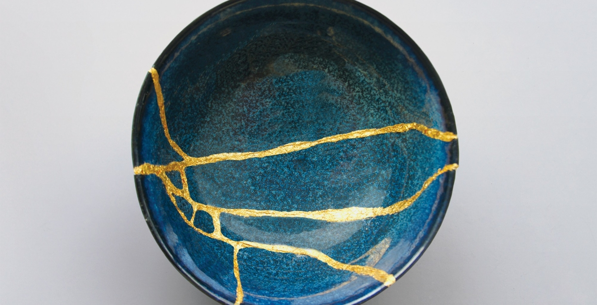 Kintsugi gold stitch