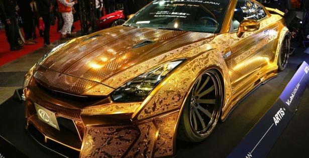 La Gold Godzilla